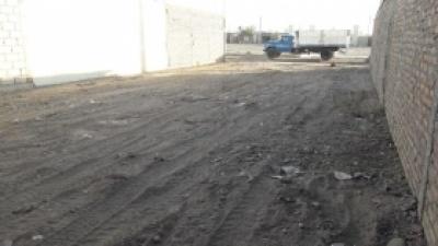 Limpieza en el terreno que se convertirá en la Unión Vecinal del Barrio SOEME